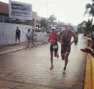 Double victory on clouds: On athletes win the Ironman Cozumel